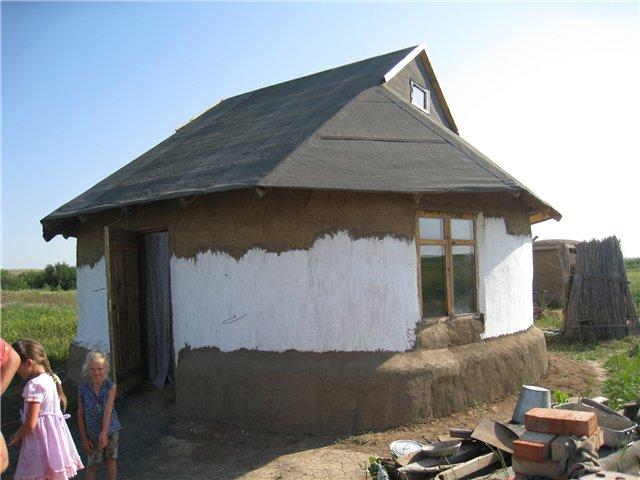 Дома из глиняных, земляных, грунто-блоков, саман