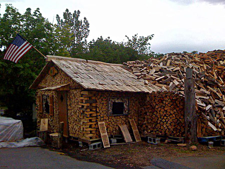 Экодома из дров, дома из глиночурки