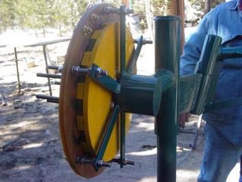 Хвостовая часть ветряка, механизм защиты от сильного ветра